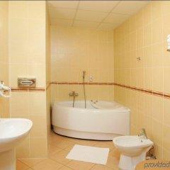 Отель Kolonna Brigita Рига ванная