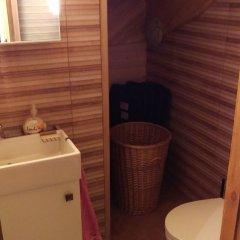 Отель Arturas Quest House Литва, Вильнюс - отзывы, цены и фото номеров - забронировать отель Arturas Quest House онлайн ванная