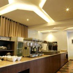 Отель Golden Tulip Essential Benin City в номере