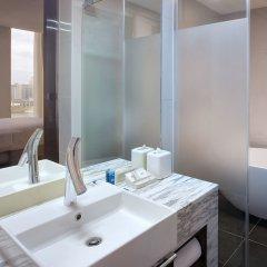 Отель Aloft Seoul Gangnam ванная