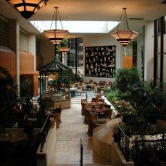 Отель Four Seasons Hotel Vancouver Канада, Ванкувер - отзывы, цены и фото номеров - забронировать отель Four Seasons Hotel Vancouver онлайн интерьер отеля фото 3