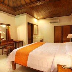 Отель Matahari Bungalow сейф в номере