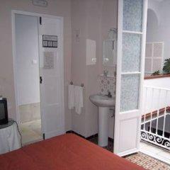 Отель Pensión San Martín Испания, Херес-де-ла-Фронтера - отзывы, цены и фото номеров - забронировать отель Pensión San Martín онлайн удобства в номере