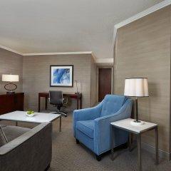 Отель Sheraton Cavalier Calgary Hotel Канада, Калгари - отзывы, цены и фото номеров - забронировать отель Sheraton Cavalier Calgary Hotel онлайн комната для гостей фото 2