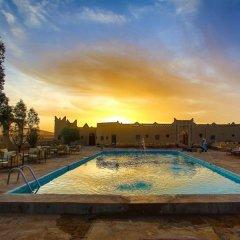Отель Palmeras Y Dunas Марокко, Мерзуга - отзывы, цены и фото номеров - забронировать отель Palmeras Y Dunas онлайн бассейн фото 3
