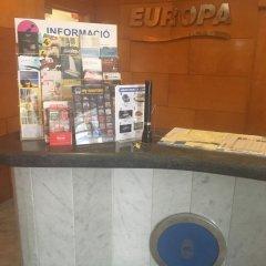Отель Апарт-Отель Europa Испания, Бланес - 2 отзыва об отеле, цены и фото номеров - забронировать отель Апарт-Отель Europa онлайн интерьер отеля фото 3
