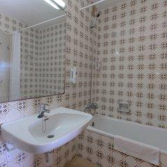 Отель Medplaya Albatros Family ванная фото 2
