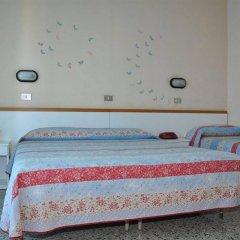 Отель Mondial Италия, Римини - отзывы, цены и фото номеров - забронировать отель Mondial онлайн комната для гостей фото 5