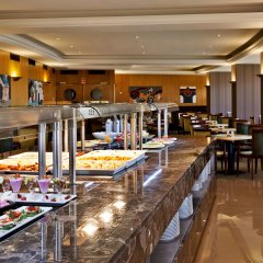 Отель Ramada by Wyndham Lisbon питание фото 2