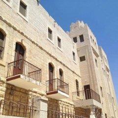 St-Thomas Home Израиль, Иерусалим - отзывы, цены и фото номеров - забронировать отель St-Thomas Home онлайн вид на фасад фото 3