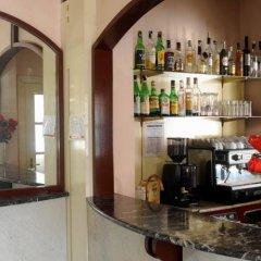 Hotel Master Альбиньязего гостиничный бар