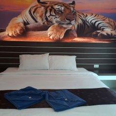 Отель The Shades Boutique Hotel Patong Phuket Таиланд, Патонг - отзывы, цены и фото номеров - забронировать отель The Shades Boutique Hotel Patong Phuket онлайн комната для гостей фото 3
