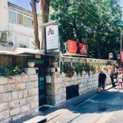 Отель Little House In The Colony Иерусалим спортивное сооружение