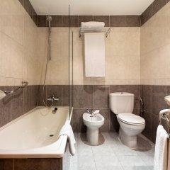 Hotel Silken Rona Dalba ванная фото 2