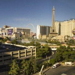 Отель Custom Condominiums At Jockey Club США, Лас-Вегас - отзывы, цены и фото номеров - забронировать отель Custom Condominiums At Jockey Club онлайн балкон