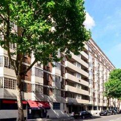 Отель 1 Bedroom Apartment Close to Museums in South Kensington Великобритания, Лондон - отзывы, цены и фото номеров - забронировать отель 1 Bedroom Apartment Close to Museums in South Kensington онлайн парковка