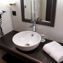 Отель Alexandra Франция, Лион - отзывы, цены и фото номеров - забронировать отель Alexandra онлайн ванная фото 2