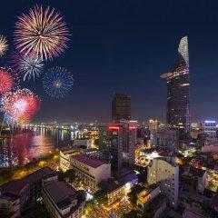 Отель Grand Hotel Saigon Вьетнам, Хошимин - отзывы, цены и фото номеров - забронировать отель Grand Hotel Saigon онлайн балкон