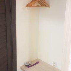 Гостиница Smart Roomz сейф в номере