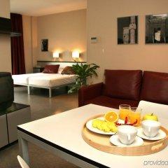 Отель Aparthotel Allada Барселона в номере