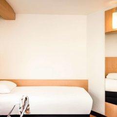 Отель ibis Paris 17 Clichy-Batignolles - formerly Berthier Франция, Париж - 10 отзывов об отеле, цены и фото номеров - забронировать отель ibis Paris 17 Clichy-Batignolles - formerly Berthier онлайн комната для гостей