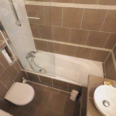 Отель Louvre Parisian Франция, Париж - отзывы, цены и фото номеров - забронировать отель Louvre Parisian онлайн ванная