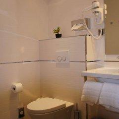 Hotel Ambassador ванная фото 2