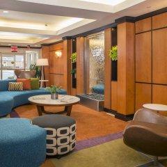 Отель Fairfield Inn & Suites by Marriott Frederick интерьер отеля