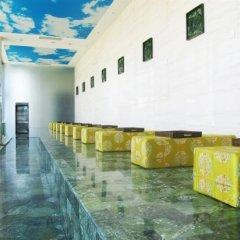 Отель Sun Town Hotspring Resort бассейн фото 3