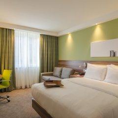 Отель Hampton by Hilton Frankfurt City Centre Messe комната для гостей