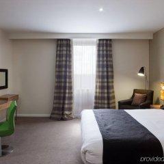 Отель Holiday Inn Stevenage комната для гостей фото 4