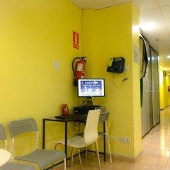 Отель Barcelona City North интерьер отеля фото 3