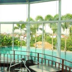Отель Bansabai Hostelling International Таиланд, Бангкок - 1 отзыв об отеле, цены и фото номеров - забронировать отель Bansabai Hostelling International онлайн спортивное сооружение