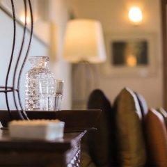 Отель Saffron & Blue - an elite haven гостиничный бар