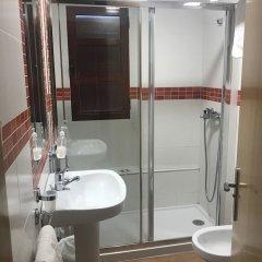 Отель Hostal Rio de Oro Алькаудете ванная фото 2