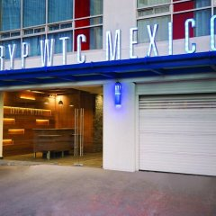 TRYP by Wyndham Mexico City World Trade Center Area Hotel парковка