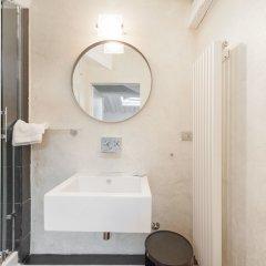 Отель Arnobio Florence Suites Италия, Флоренция - отзывы, цены и фото номеров - забронировать отель Arnobio Florence Suites онлайн ванная фото 2