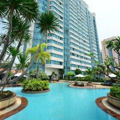 Отель Windsor Suites And Convention Бангкок бассейн