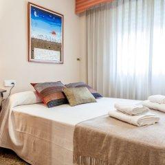 Отель Valencia Flat Rental Turia Gardens Валенсия комната для гостей фото 3