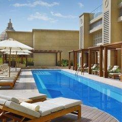 Отель Hilton Dubai Al Habtoor City бассейн фото 2
