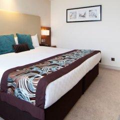 Отель Thistle Kensington Gardens сейф в номере