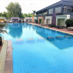 Отель 1 bed Luxury Condo Jomtien Паттайя бассейн