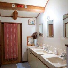 Отель Pension Agi Япония, Хакуба - отзывы, цены и фото номеров - забронировать отель Pension Agi онлайн ванная