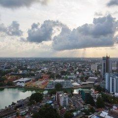Отель Hilton Colombo Residence Шри-Ланка, Коломбо - отзывы, цены и фото номеров - забронировать отель Hilton Colombo Residence онлайн балкон