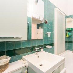 Апартаменты Opera Luxury Terrace Apartment ванная