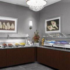 Отель Hilton Times Square США, Нью-Йорк - отзывы, цены и фото номеров - забронировать отель Hilton Times Square онлайн питание фото 2