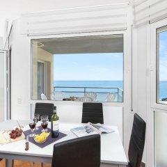 Отель Santa Susanna Skyline Apartment Испания, Санта-Сусанна - отзывы, цены и фото номеров - забронировать отель Santa Susanna Skyline Apartment онлайн балкон