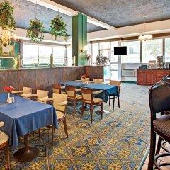 Отель Days Inn Arlington США, Арлингтон - отзывы, цены и фото номеров - забронировать отель Days Inn Arlington онлайн гостиничный бар
