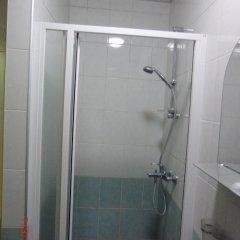 Гостиница Эконом Отель Украина, Донецк - отзывы, цены и фото номеров - забронировать гостиницу Эконом Отель онлайн ванная фото 3