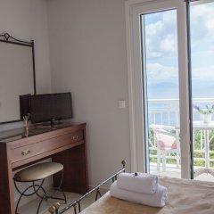 Апартаменты Brentanos Apartments ~ A ~ View of Paradise комната для гостей фото 5